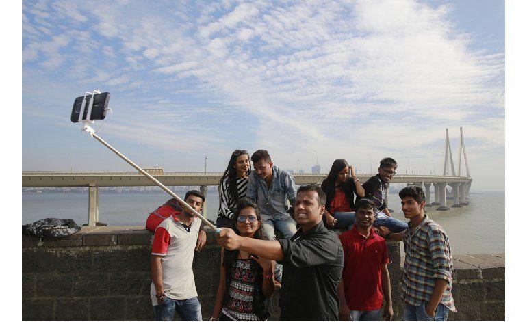 Mumbai señala zonas libres de selfies para evitar accidentes