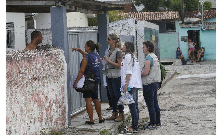 Algunos creen que Brasil maneja mal la crisis del zika