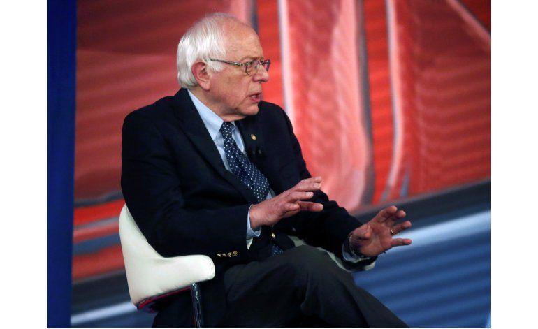 Encuesta AP-GfK: Dudas de plan de atención médica de Sanders