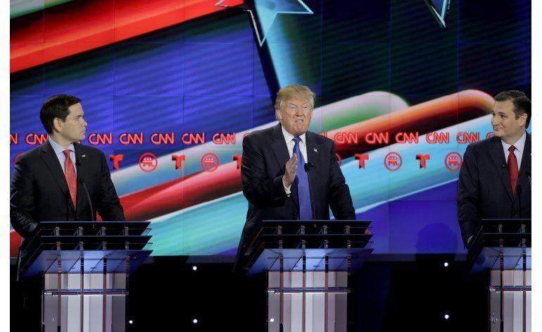 LO ULTIMO: Trump insiste en que ganará el voto hispano