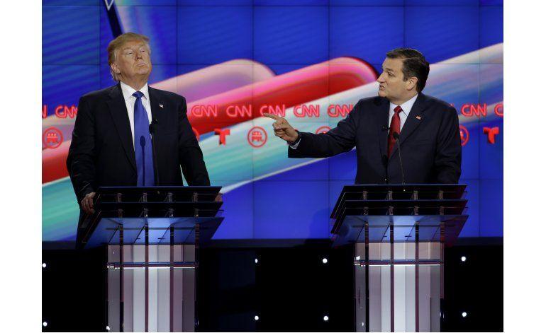 Rubio y Cruz arremeten contra Trump en debate republicano