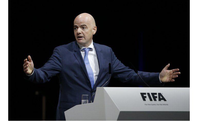 Infantino promete nueva era en la FIFA