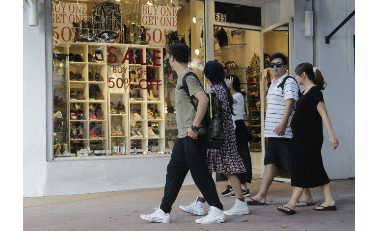 El gasto del consumidor en EEUU aumenta 0,5% en enero
