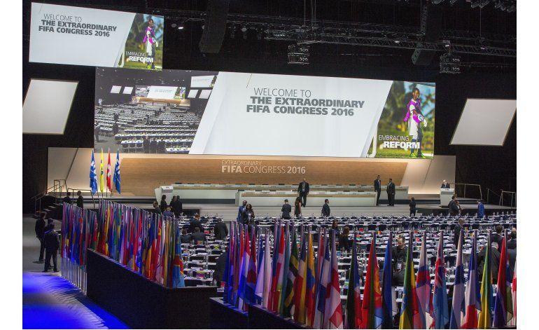 Delegados FIFA aprueban reformas anticorrupción en congreso