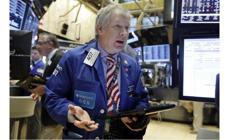 Tras una buena semana, Wall Street cierra con pérdidas