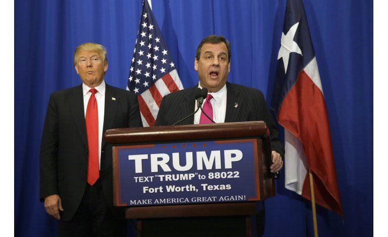 Christie muda de opinión, apoya a exrival republicano Trump