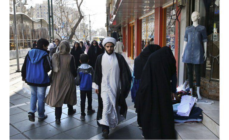 Los moderados iraníes parecen hacer avances en elecciones