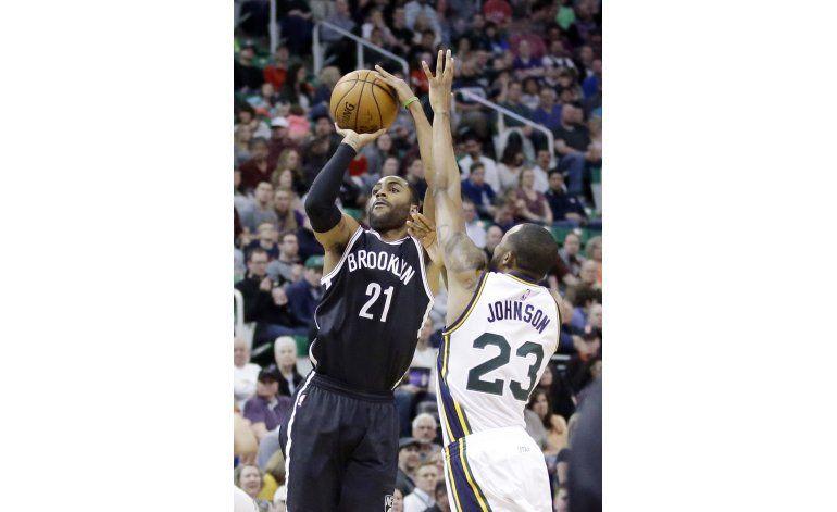 Thaddeus Young anota 21, Nets vencen a Jazz 98-96