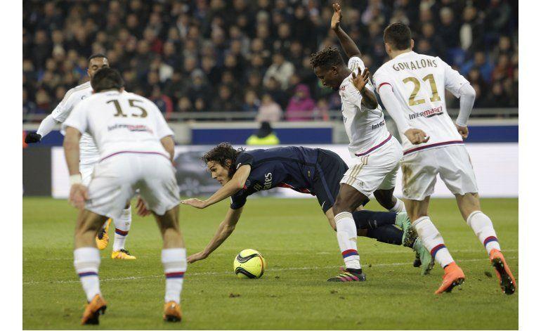 Lyon rompe la racha invicta del PSG en la liga