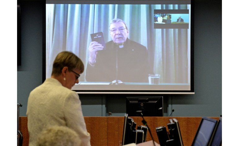 Cardenal reconoce enormes errores de la Iglesia católica