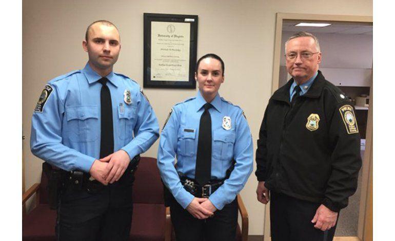Elogian valentía de policía de Virginia baleada de muerte