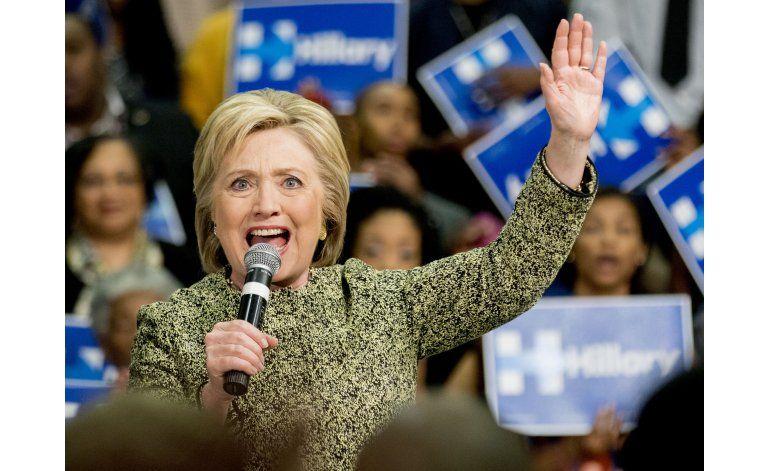 Aliados de Clinton se preparan para una nominación de Trump