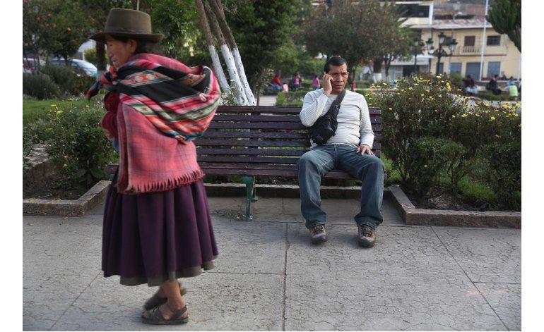 Héroe herido en guerra contra narcos busca sanar en soledad
