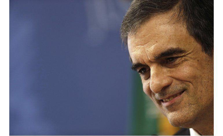 Ministro de justicia de Brasil deja su cargo