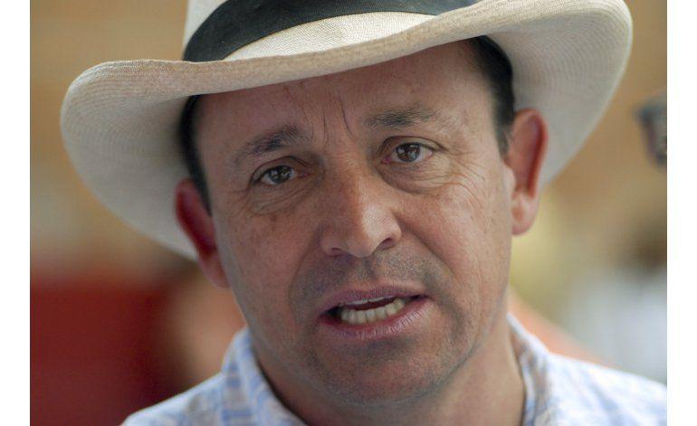 Detienen a hermano de Alvaro Uribe por paramilitarismo