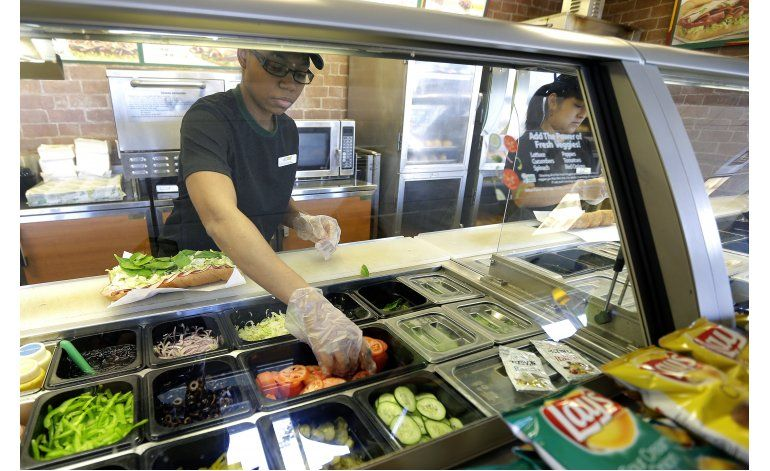 Subway garantizará que sus sándwiches midan al menos 30 cm