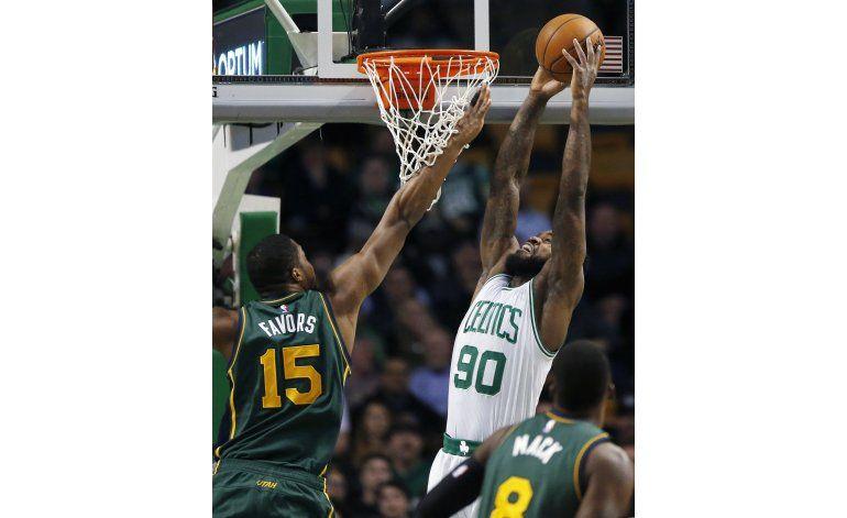 Celtics amplían racha de triunfos en casa al vencer a Utah