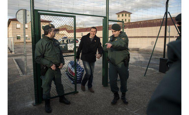 España: Sale de prisión líder proindependentista vasco