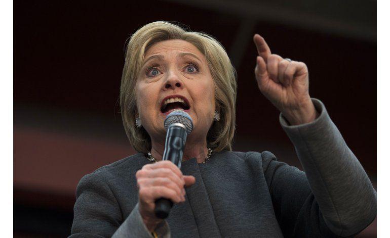 Clinton y Sanders compiten por el voto negro el Supermartes