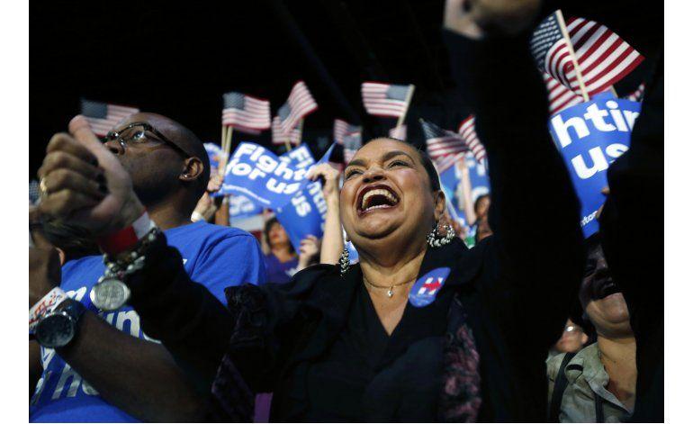 Fotogalería: Celebraciones de victoria para Clinton y Trump