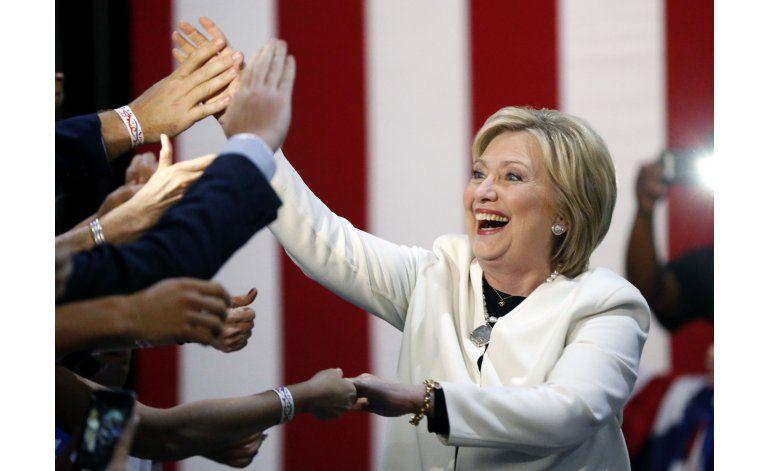 Conclusión del Supermartes: Clinton, Trump refuerzan ventaja