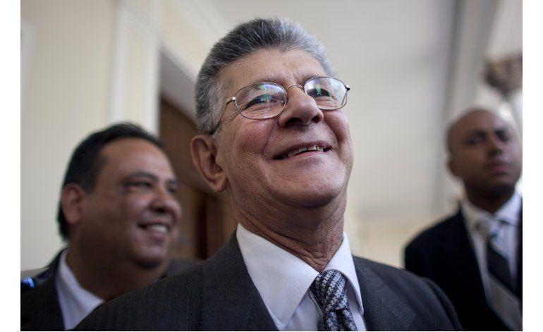 Venezuela: Congreso irá a la OEA ante decisiones de la Corte