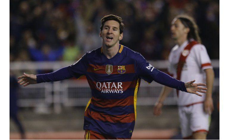 Triplete de Messi, victoria y récord de Barcelona