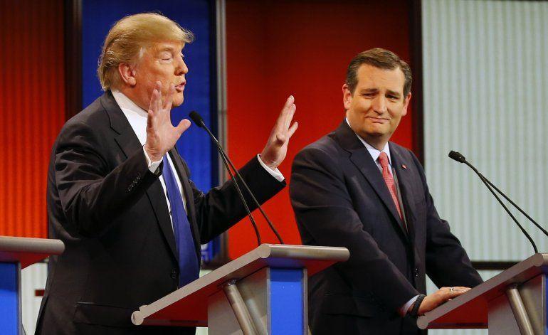 Precandidatos republicanos debaten en Detroit