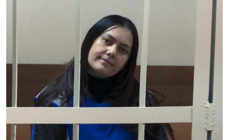 Acusan formalmente a nana de decapitar a niña en Rusia