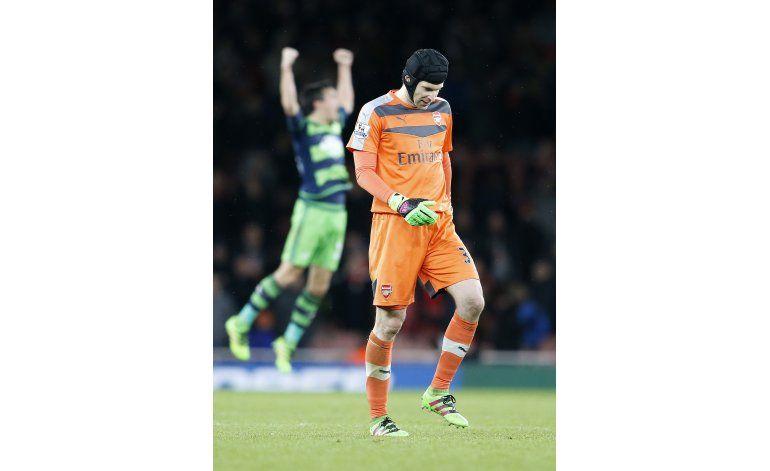 Petr Cech será baja unas 4 semanas