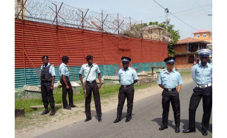 Acaban disturbios en prisión de Guyana; pacto con reos