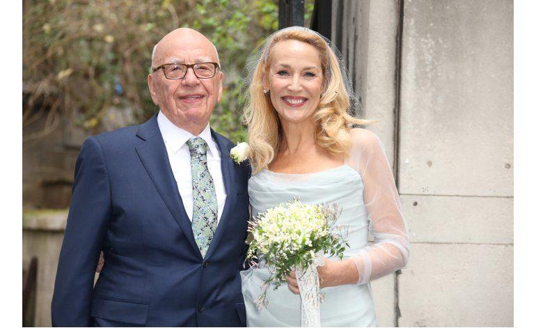 Músicos y famosos celebran la boda de Murdoch y Hall