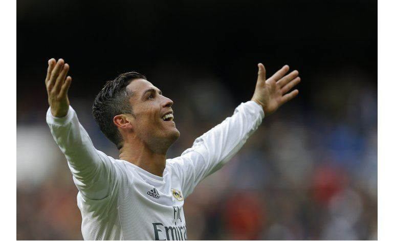 Cristiano sube el nivel del Madrid con cuatro goles
