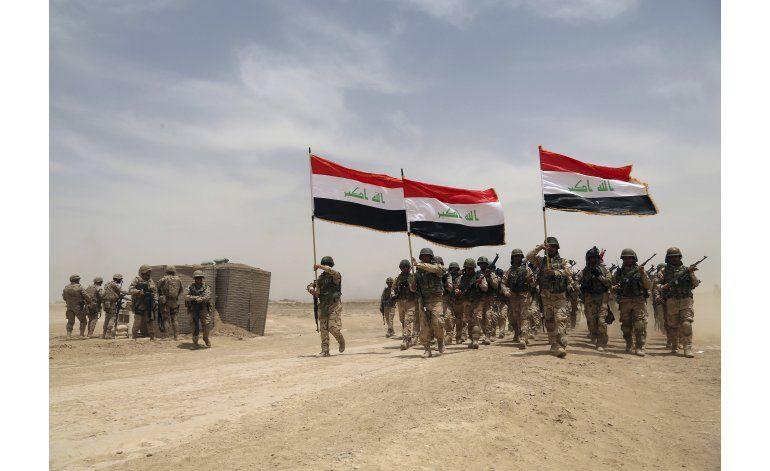 Asalto a Mosul se demora mientras Irak reforma su ejército