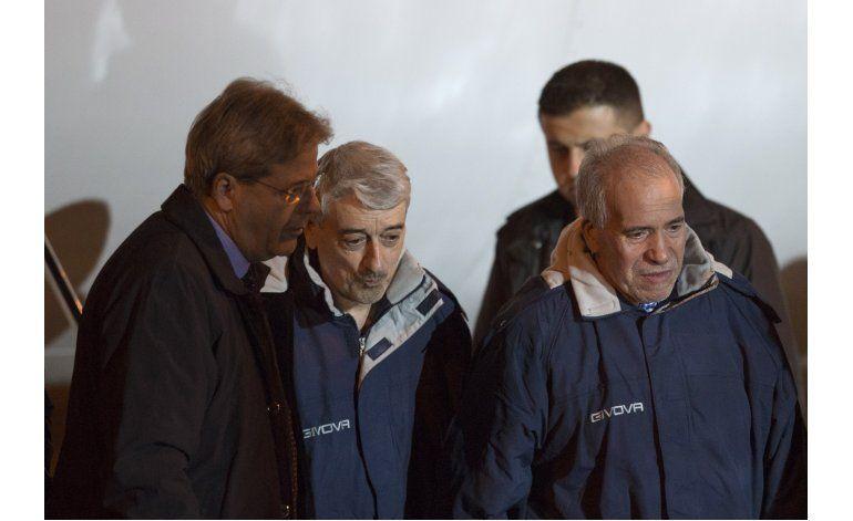 Llegan a Italia los dos italianos liberados en Libia