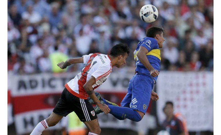 River y Boca empatan 0-0 en deslucido clásico argentino