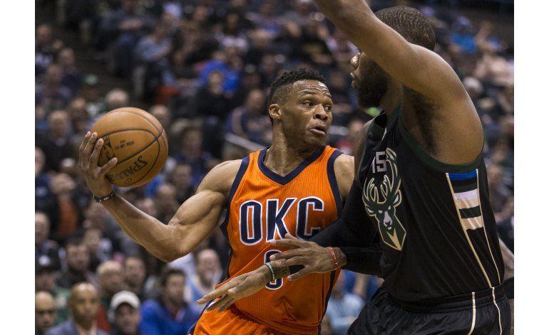 Durant y Westbrook brillan en victoria del Thunder