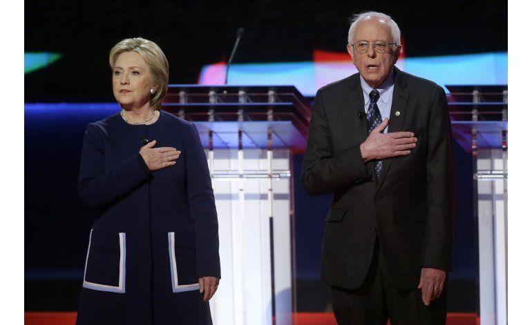 Cara a cara Hillary Clinton y Bernie Sanders en debate en Nueva York
