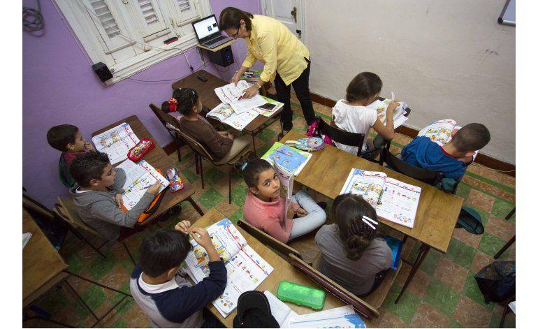 Empresarios cubanos construyen redes de escuelas privadas