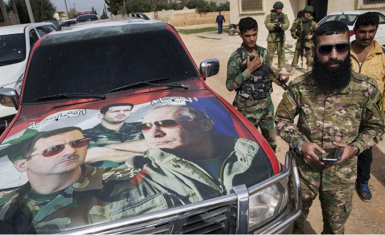 Oposición siria indecisa sobre participar en diálogo de paz