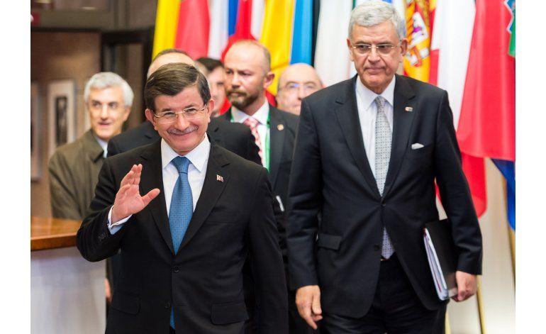 UE y Turquía ven gran avance sobre migrantes para marzo 17
