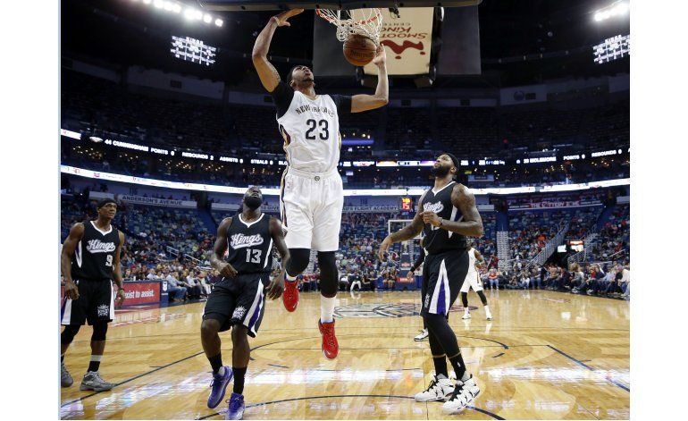 Davis anota 31 y Pelicans remontan para vencer a Kings