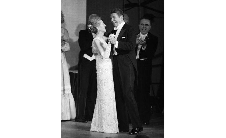 Nancy Reagan llevó su fervor por el lujo a Washington