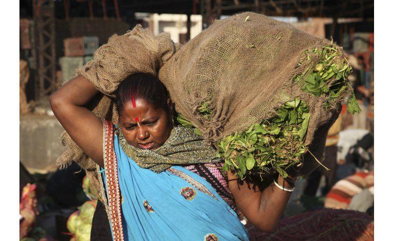 Legisladoras piden más representación en la India