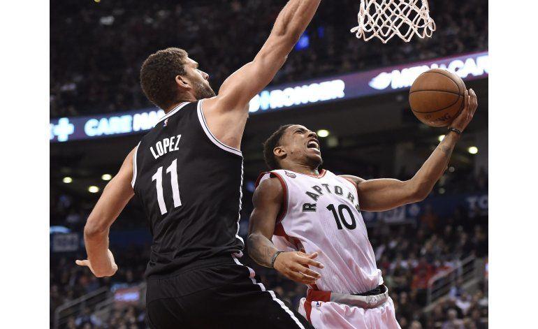 DeRozan y Lowry guían victoria de Raptors sobre Nets