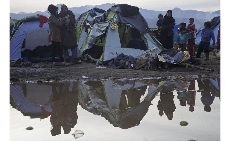 LO ULTIMO: Eslovenia cierra frontera a migrantes sin visado