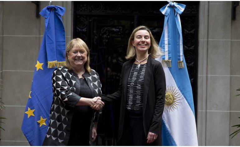 Unión Europea entusiasmada con cambio político en Argentina