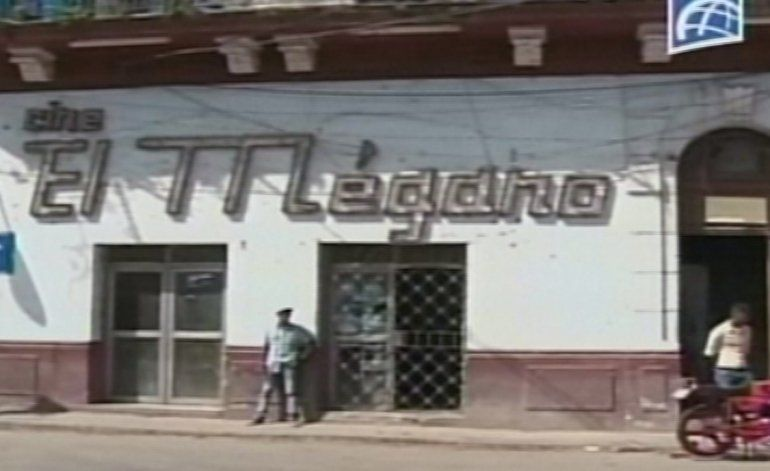Cines abandonados en la Habana se convierten en foco de contaminación del mosquito transmisor del Zika