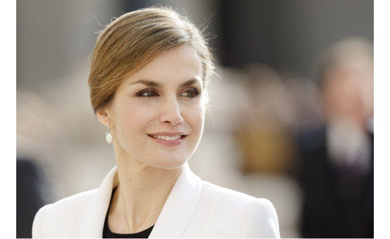 España: Piden explicaciones a reina por mensajes filtrados