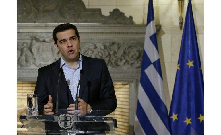 Grecia busca mejorar condiciones del rescate financiero